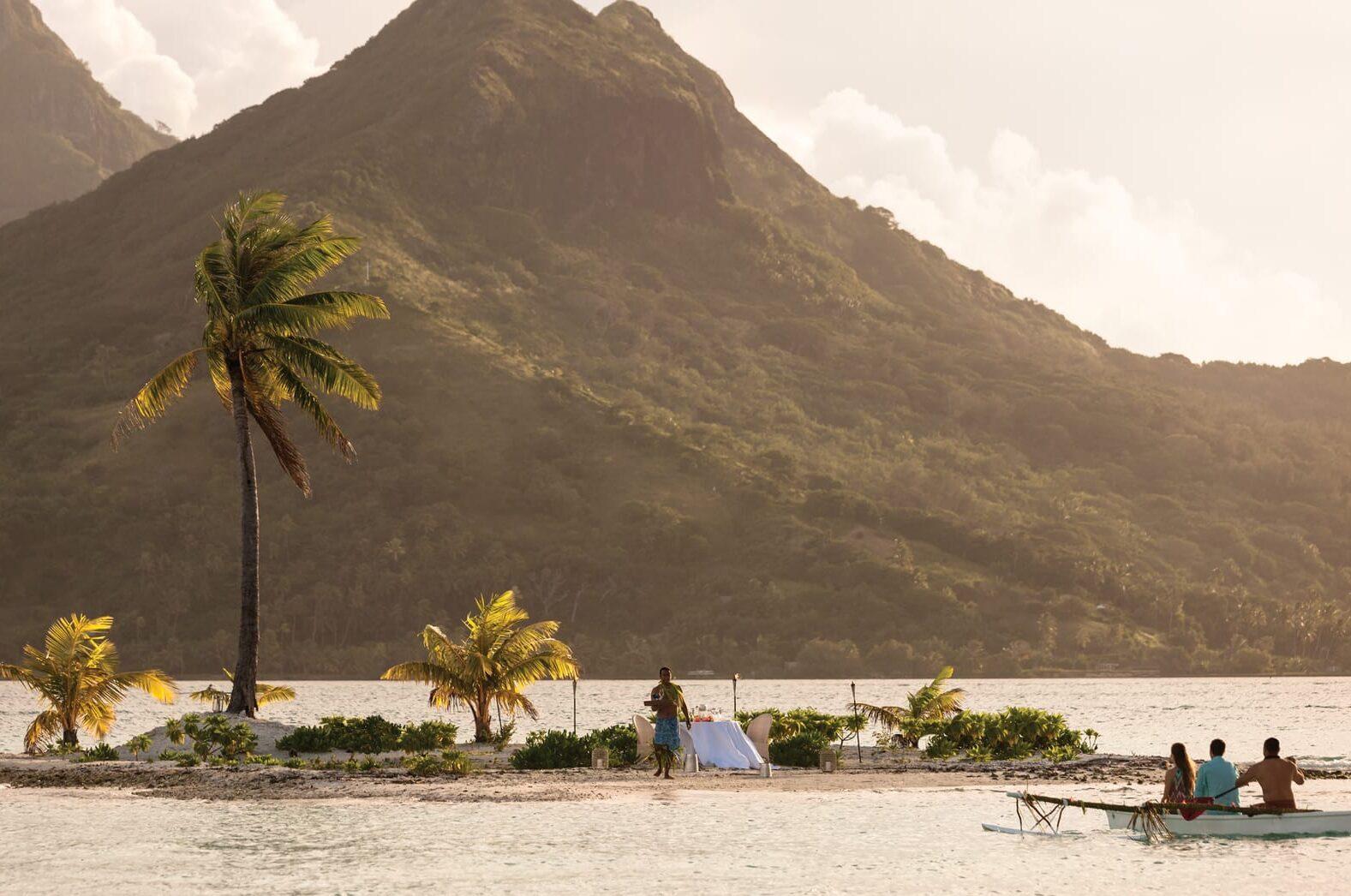 Private Motu Picnic in Tahiti